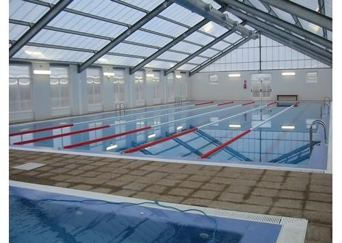 Instalaciones deportivas ayuntamiento de la ba eza for Temperatura piscina climatizada